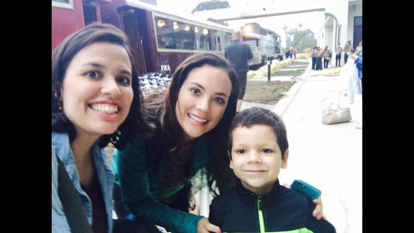 Connie Chaparro celebra su cumpleaños en Huancayo con Nicola