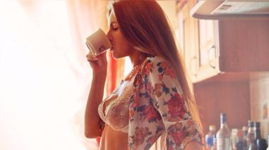 Beber 2 tazas de café al día te ayuda a bajar la grasa abdominal