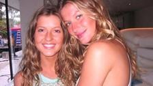 Gisele Bündchen. ¿Qué les parecería contar con dos versiones de la supermodelo Gisele Bündchen? Pues es tan sencillo como ponerse en contacto con Patricia, la hermana gemela de la modelo. Su hermana se convirtió en su manager.