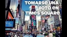 El Times Square es una intersección de Manhattan. Antes llamada Plaza Longacre, está situada en la esquina de la Avenida Broadway y la Séptima Avenida.
