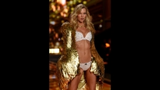 Karlie Kloss. La modelo y ex ángel de Victoria's Secret, imagen de Adidas,  nació el 3 de agosto de 1992 y tiene 24 años.