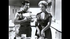Silvia Pinal y Pedro Infantes en 'El Inocente' (1956)