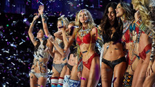 Victoria's Secret Fashion Show: 20 fotos del desfile más sexy del año