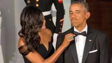 Michelle Obama revela que Barack estuvo ocho años usando el mismo smoking