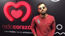 Mike Bahía visitó la cabina de Radio Corazón