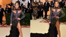 Gala MET 2018: Jennifer Lopez lució espectacular en la alfombra roja