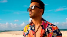 Luis Fonsi estrenó su nuevo sencillo llamado 'Calypso'
